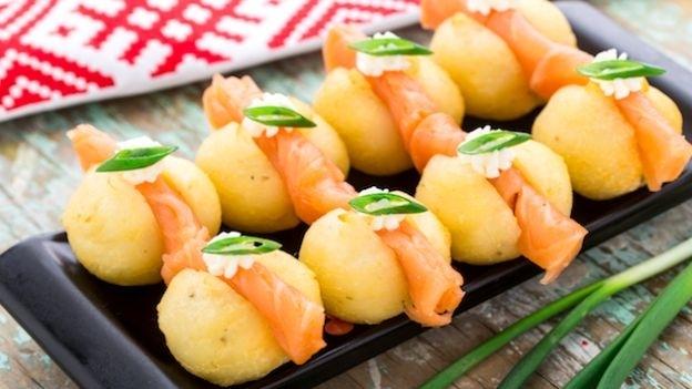 antipasto di patate e salmone