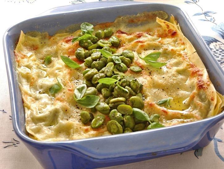 lasagne-con-crema-di-fave-fresche-e-dadolata-di-coniglio