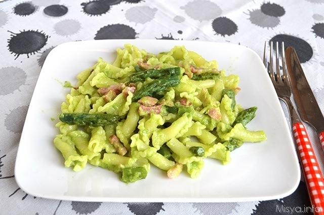 Pasta-con-asparagi-e-pancetta4