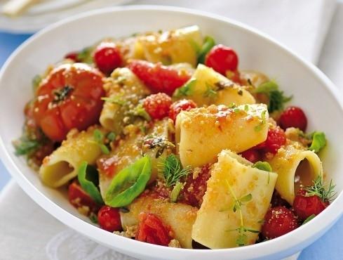 paccheri-pomodori-confit-frisella-crop-4-3-489-370
