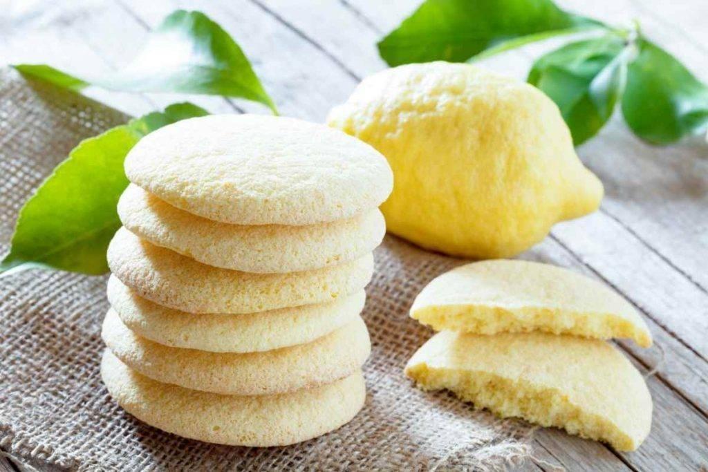 Biscotti-morbidissimi-al-limone-1024x683